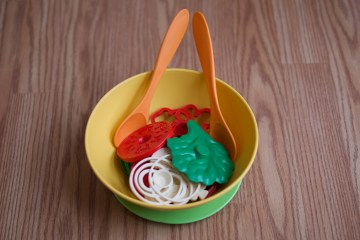 Green Toys Salad Set Review