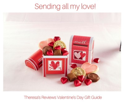 Sending all my love! Theresa's Reviews Valentine's Day Gift Guide - Featuring Cheryl's cookies - www.theresasreviews.com