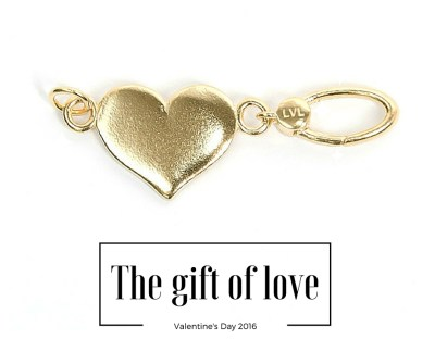 Theresa's Reviews Valentine's Day Gift Guide - Featuring @LaVitaLinx - www.theresasreviews.com