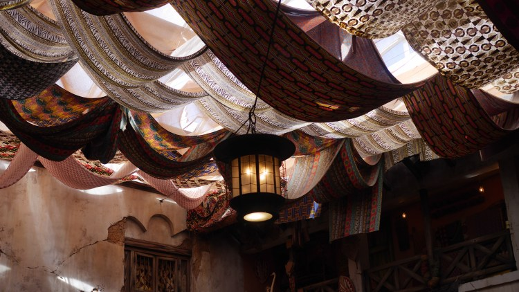 3 Character Dining Experiences You Can't Miss At Walt Disney World - Found on www.theresasreviews.com