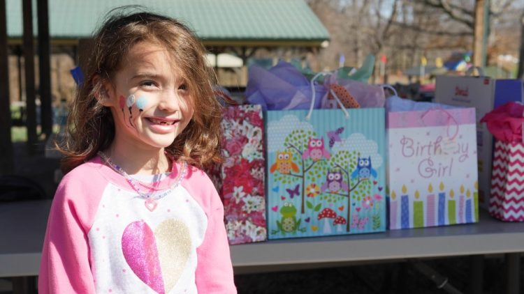 Face painting is one of the fun attractions that children enjoy.