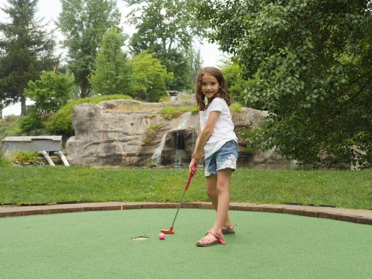 With streams and waterfalls, the golf course offers a relaxing experience for families.