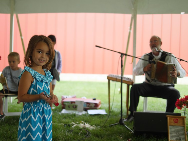 Live music played at Ford Family Day in Gettysburg. - Theresa's Reviews