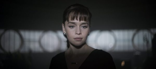 Emilia Clarke is Qi'ra in SOLO: A STAR WARS STORY. 'Solo: A Star Wars Story' still photo #SoloAStarWarsStory