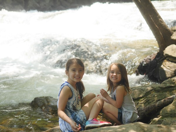 Looking for ways to get your children out of the house and into nature? Check out these top ten tips for a summer hiking adventure children can enjoy. - Theresa's Reviews
