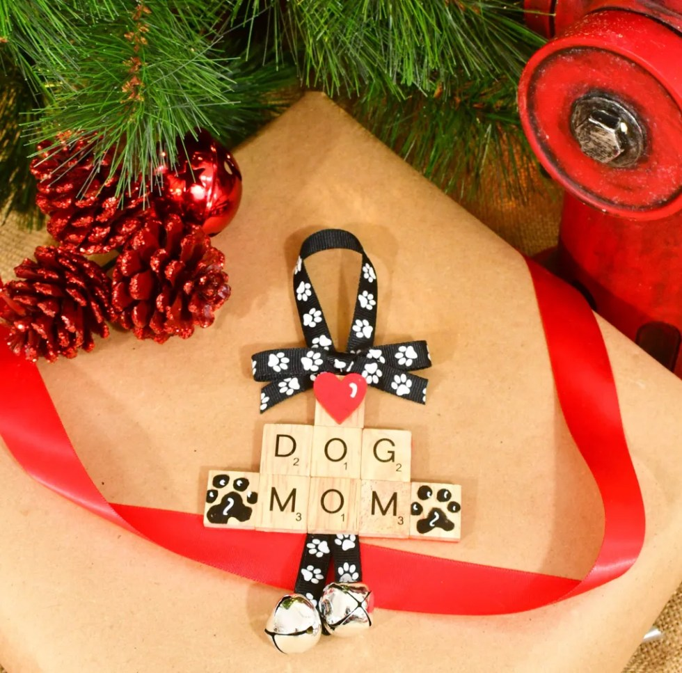 Dog Mom Ornament