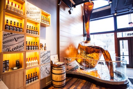 experience bourbon at Evan Willliams