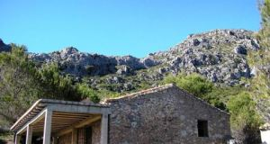 Casares Refuge Sierra Crestellina