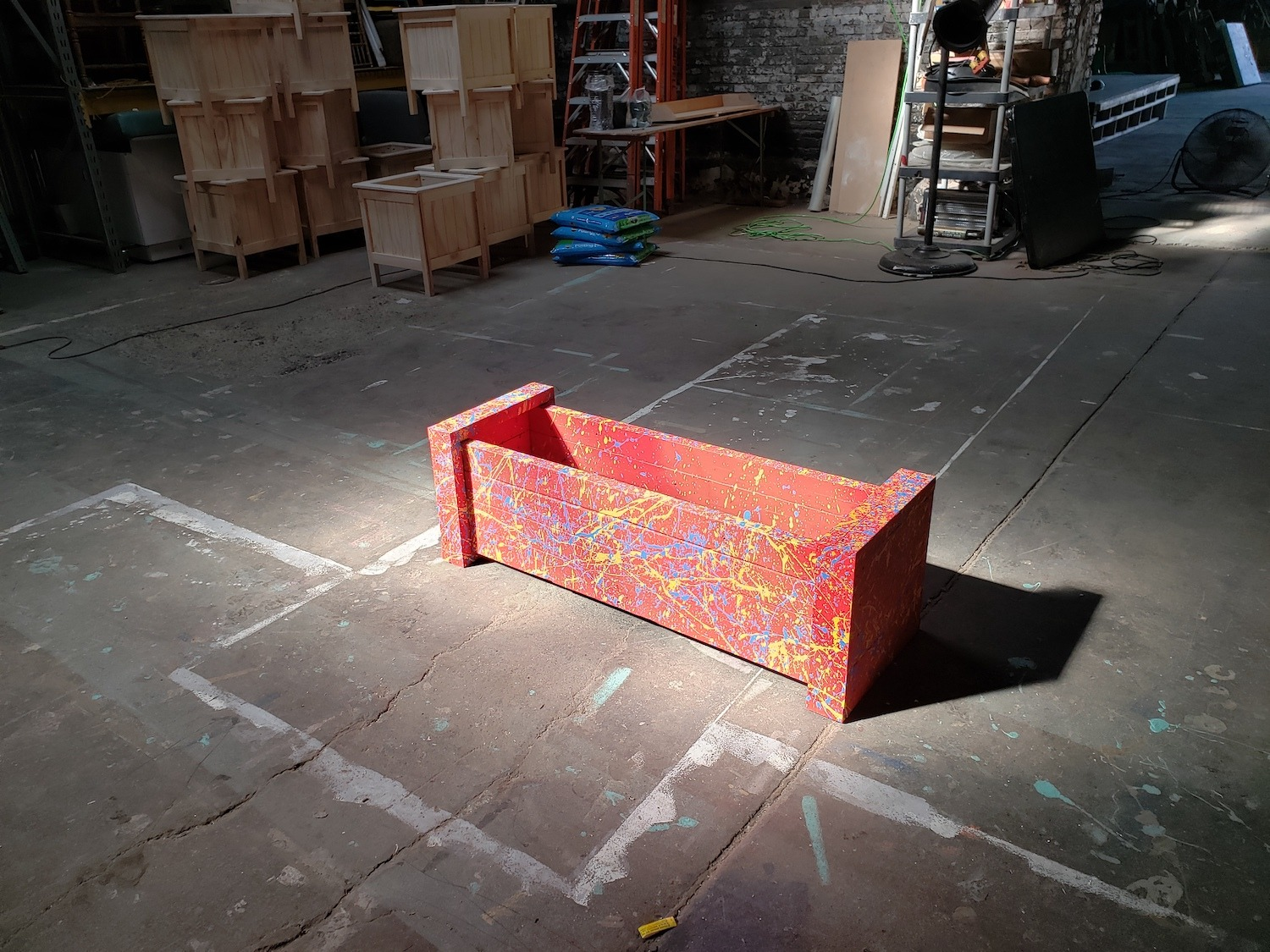 Read more about the article Creative Community Project: Reclaimed Lumber Planters
