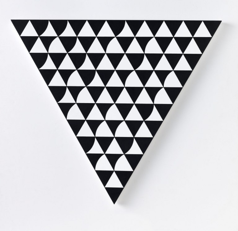 Bridget Riley, 'Start Over 3', 2015, acrylic on panel, 55 x 63,5 cm (triangle).