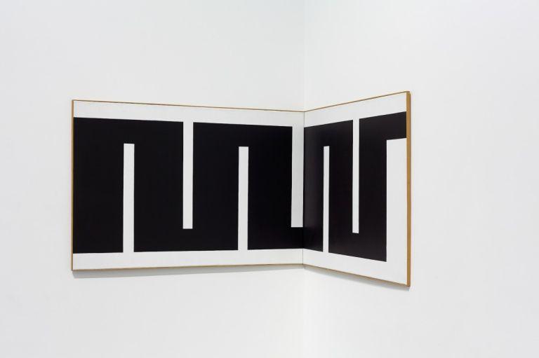 Julije Knifer, TUE (Tuebingen Ecke), 1973 acrylic, canvas