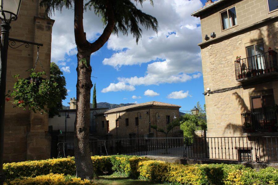 Laguardia Town Square