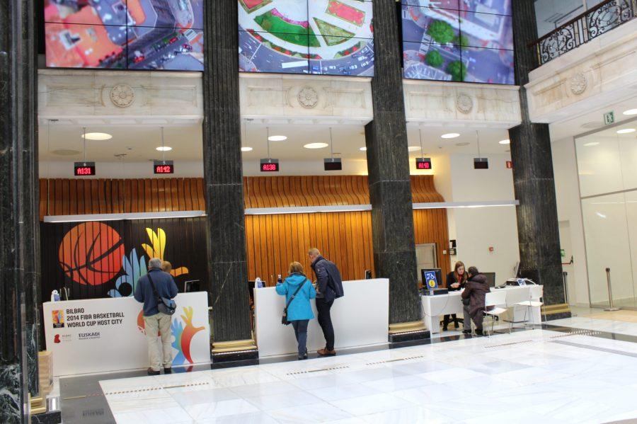 Bilbao Turismo - New Office in Plaza Circular