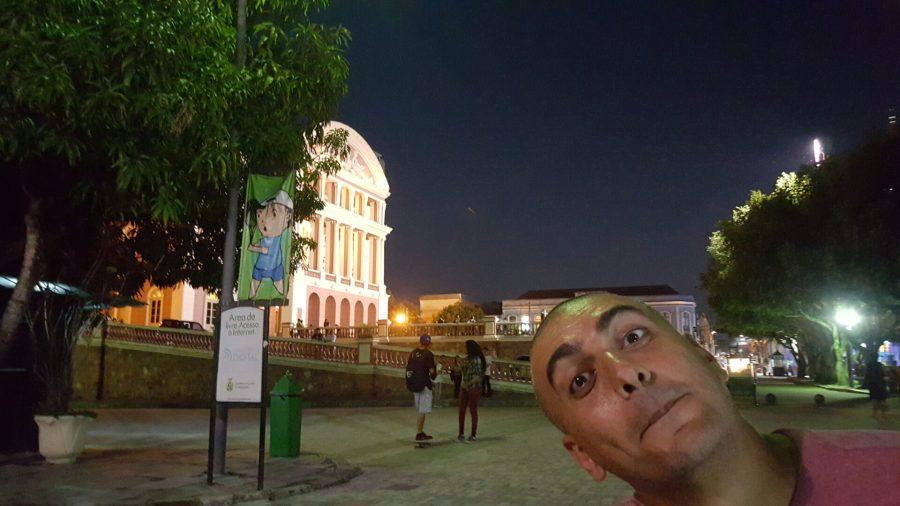 Manaus daytripping - main square
