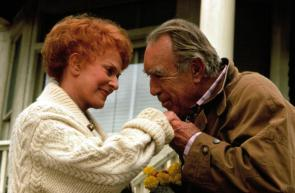 ONLY THE LONELY, Maureen O'Hara, Anthony Quinn in ONLY THE LONLEY