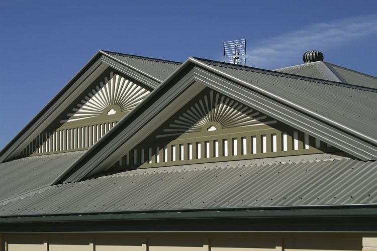 Metal Fascia Roofs, Roofing Contractors and Services Offered by Them