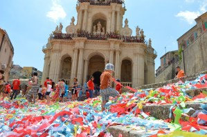 Travel: Italy With Kids – Festa Di San Paolo In Palazzolo Acreide, Sicily