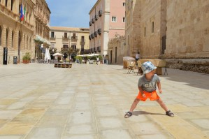 Travel: our Sicily daytrip to Ortigia, Syracuse with kids