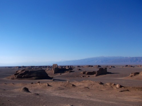 Sandcastles, Kaluts