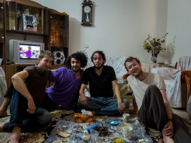 Chilling at Sied's place, Esfahan (picture by PB)