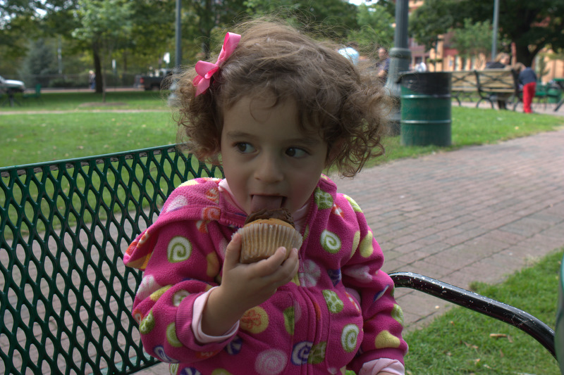 Madeline wakes in time for The Cupcakerie.
