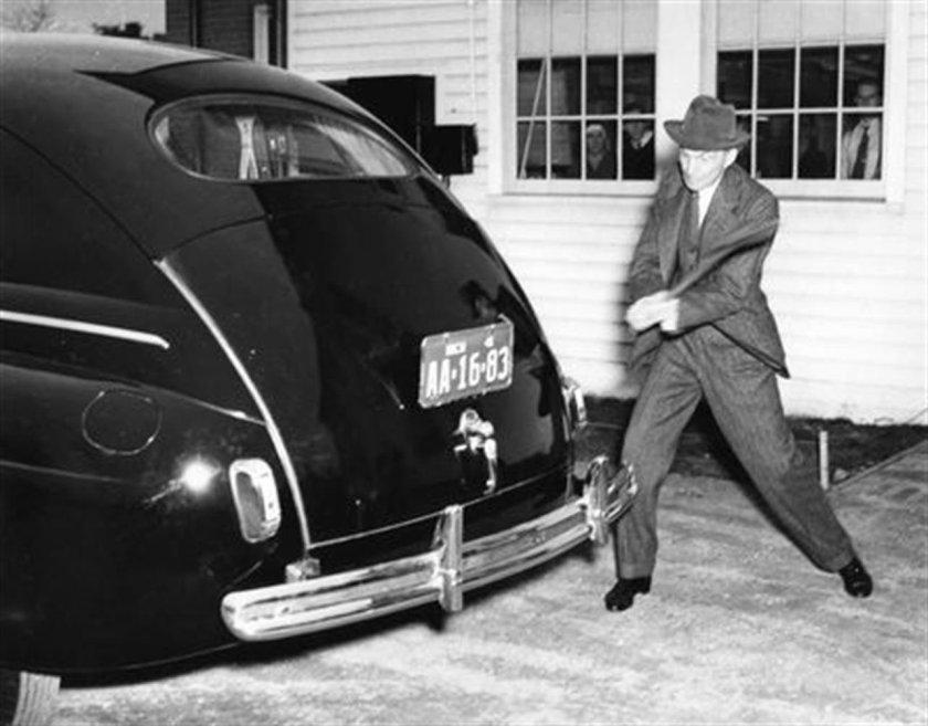 1934: Henry Ford, Vegan Foods + Hemp Pioneer