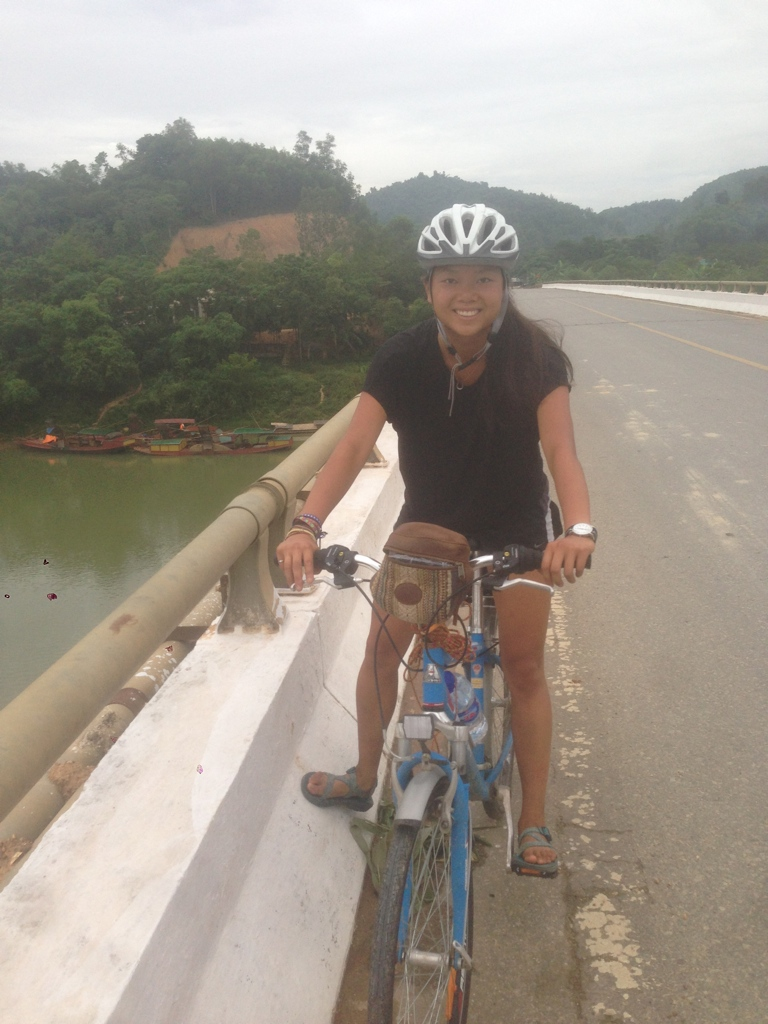 UNIQLO AIRism review - the clear winner while bike touring in Vietnam
