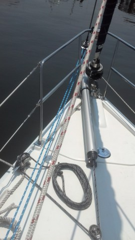 Removable Bow Sprit and Top Down Furler Rig. Hunter 39