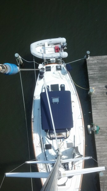 Bristol 43 for aloft