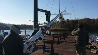 Steeping the Mast. Hinckley B 40