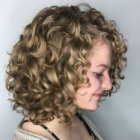Longer Curly Bob For Blondes