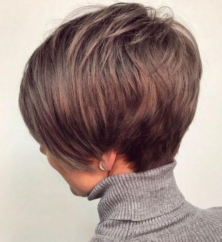 Feathered Hairstyle For Short Thin Hair