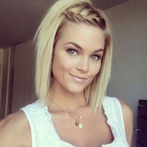 medium hairstyle for fine straight hair