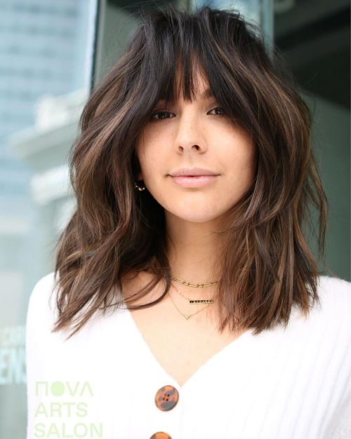 Layered Cut with Subtle Highlights