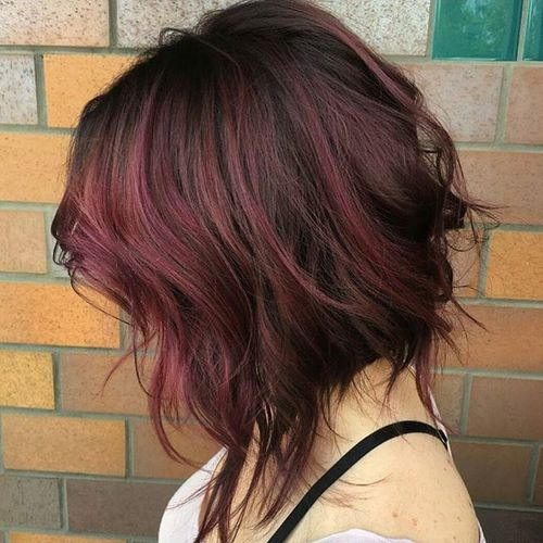 messy wavy bob with marsala balayage