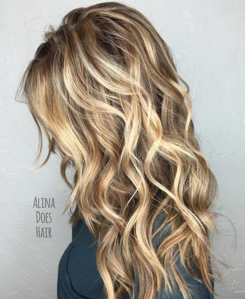 Long Wavy Hairstyles With Layers 44