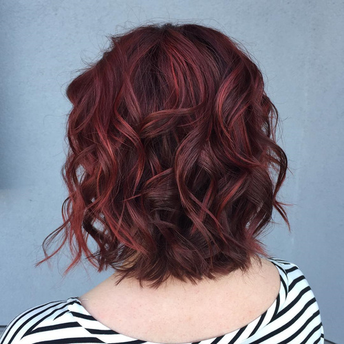 Wavy Bob With Subtle Highlights