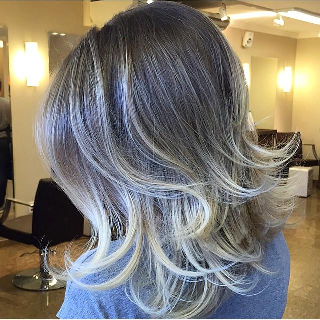 Medium Layered Voluminous Hairstyle