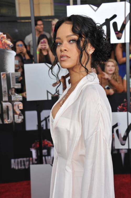 Fantastic 50 Best Eye Catching Long Hairstyles For Black Women Short Hairstyles For Black Women Fulllsitofus