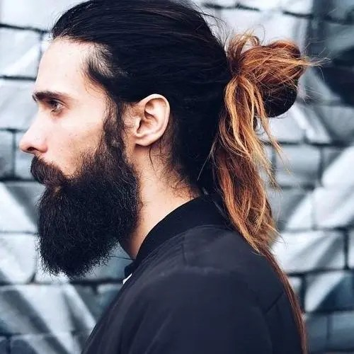 men's messy knot for long hair