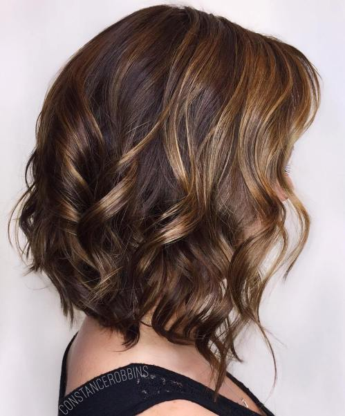 Wavy Brown Bob With Honey Highlights