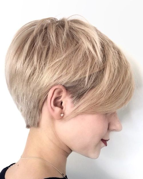 Short Choppy Hairstyle With Swoopy Bangs