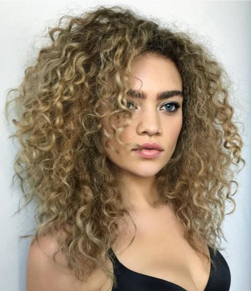 Medium Layered Curly Bronde Hairstyle