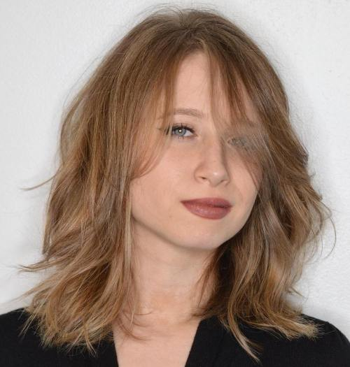 Medium Shag Hairstyle For Thin Hair