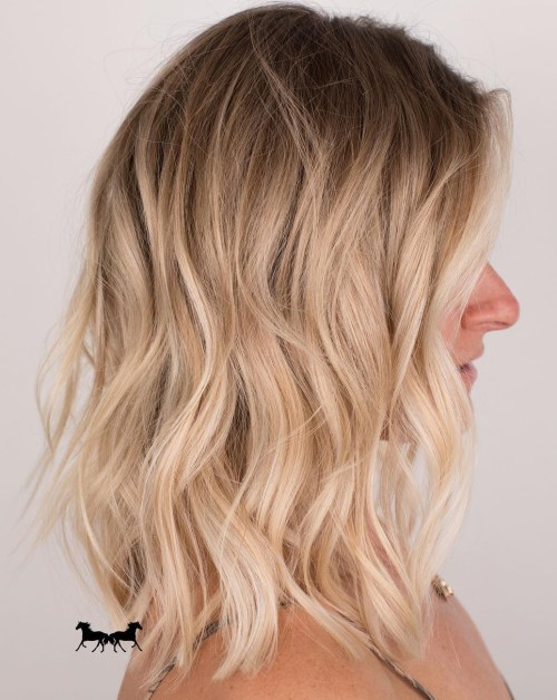 Medium Wavy Blonde Hair With Shadow Roots