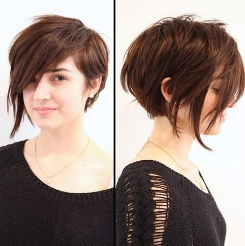 Asymmetrical Pixie Bob For A Round Face
