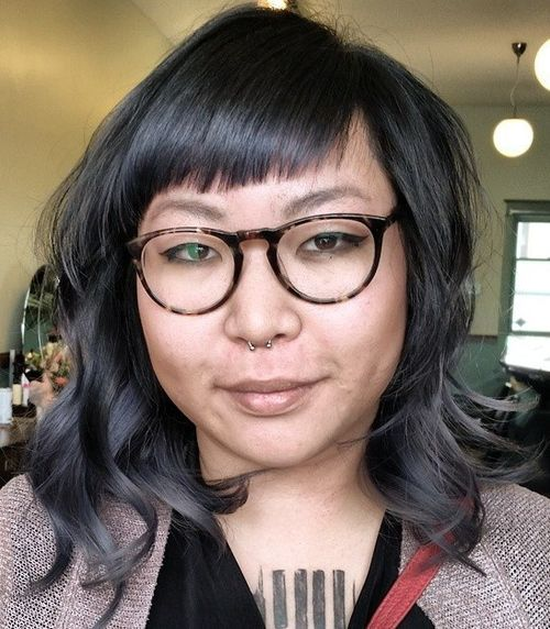short bangs for round faces