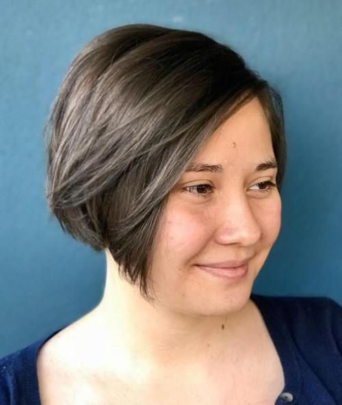 Short Angled Bob For Round Face