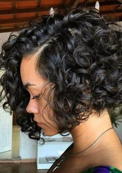 Curly wavy hairstyles and haircuts for curly hair in 2017 chin length curly bob hairstyle urmus Image collections