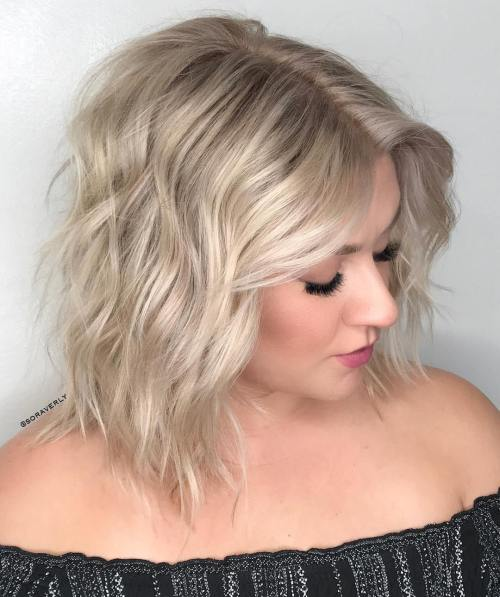 Soft Wavy Lob For Round Face